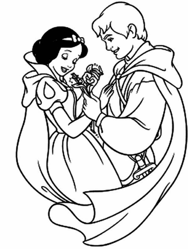 Snow White, : Picture of Snow White and the Prince Coloring Page