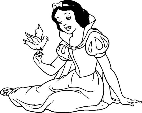 Snow White, : Snow White Talking to a Bird Coloring Page