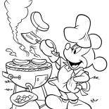 Mickey Mouse, Mickey Mouse Barbeque At Back Yard Coloring Page: Mickey Mouse Barbeque at Back Yard Coloring Page