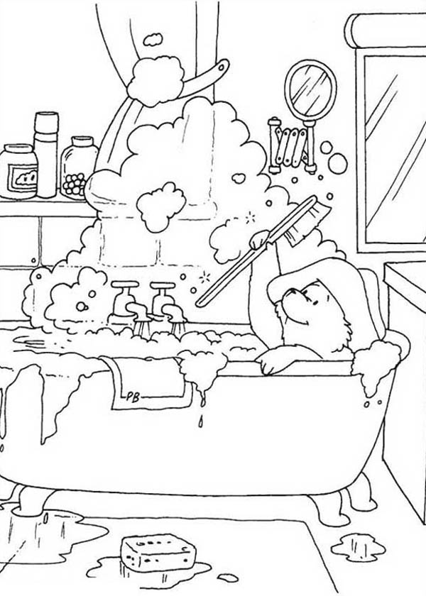 Paddington Bear, : Paddington Bear Play with Buble in Bathtub Coloring Page