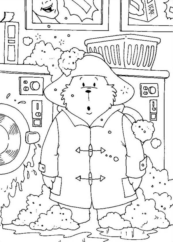 Paddington Bear, : Paddington Bear Washing His Clothes with Wash Machine Coloring Page