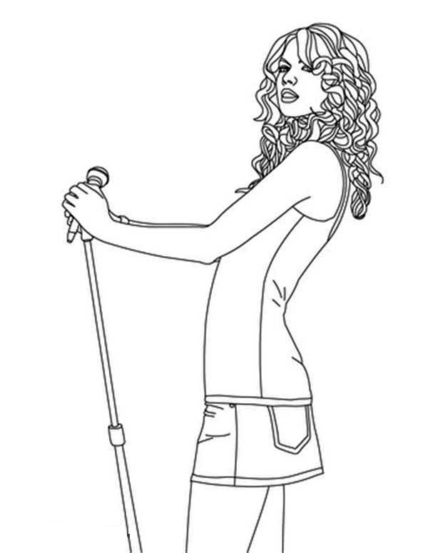 Taylor Swift, : Taylor Swift Wearing Casual Outfit Coloring Page