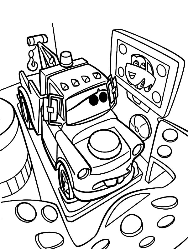 Mater, : Tow Mater Looking at His Crush Coloring Pages